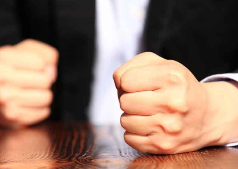 انتقام در روانشناسی معامله گری در بورس